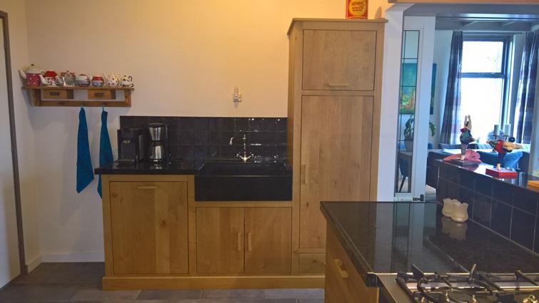 Massief Houten Keuken : Massief houten keukens op maat gemaaktmeubelmakerij vos buinen