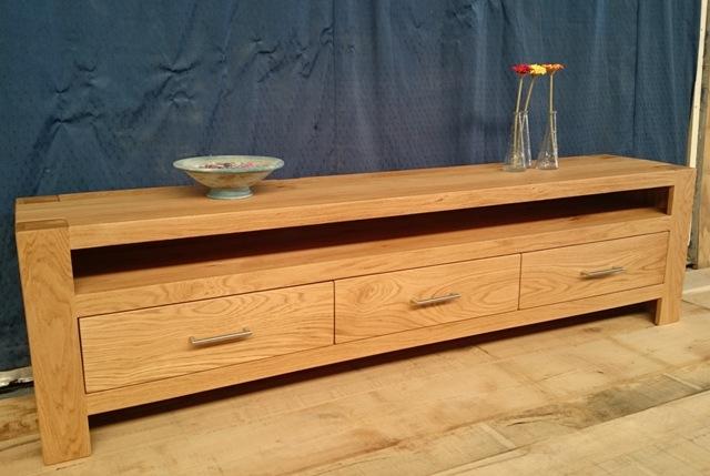 Massief houten tv kast open kast manchester acacia metaal anthraciet deurs massief houten tv - Houten meubels ...